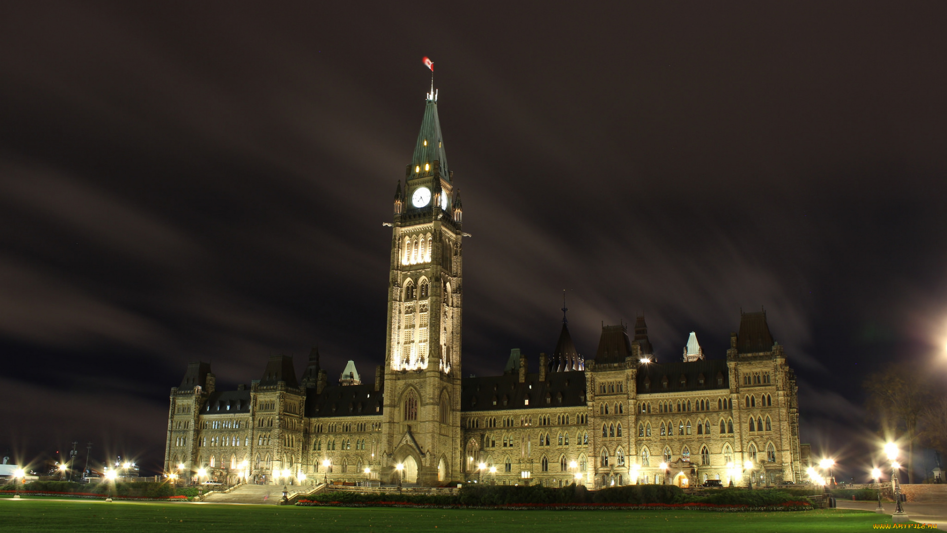 Parliament Building, Ontario, Canada  № 932325  скачать