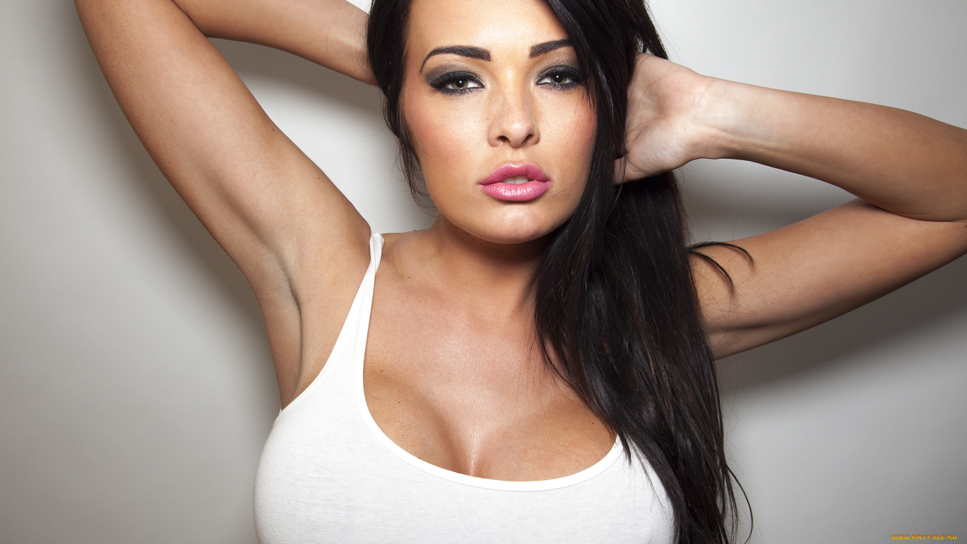 Худенькая девочка с большой грудью, Худенькая красотка с большой грудью 14 фотография