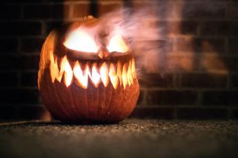 обоя праздничные, хэллоуин, halloween, тыква, pumpkin, king, horror, огонь