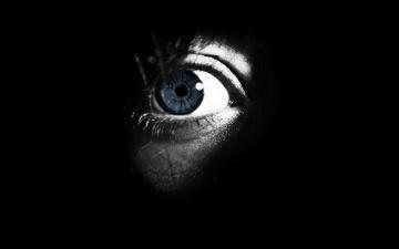 Картинка разное глаза темный
