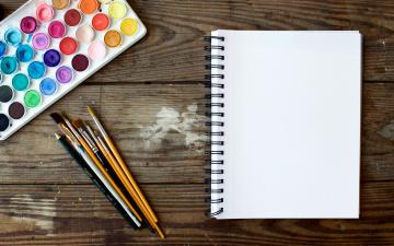 обоя разное, канцелярия,  книги, карандаш, кисточки, краски, блокнот