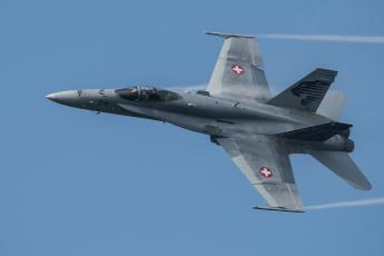 Картинка авиация боевые+самолёты истребитель многоцелевой hornet cf-18