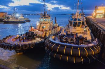 Картинка корабли баркасы+ +буксиры порт
