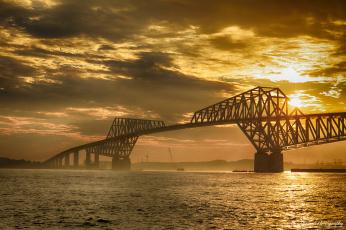обоя города, - мосты, пролив
