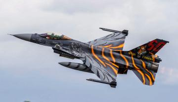 обоя f-16am, авиация, боевые самолёты, истребитель