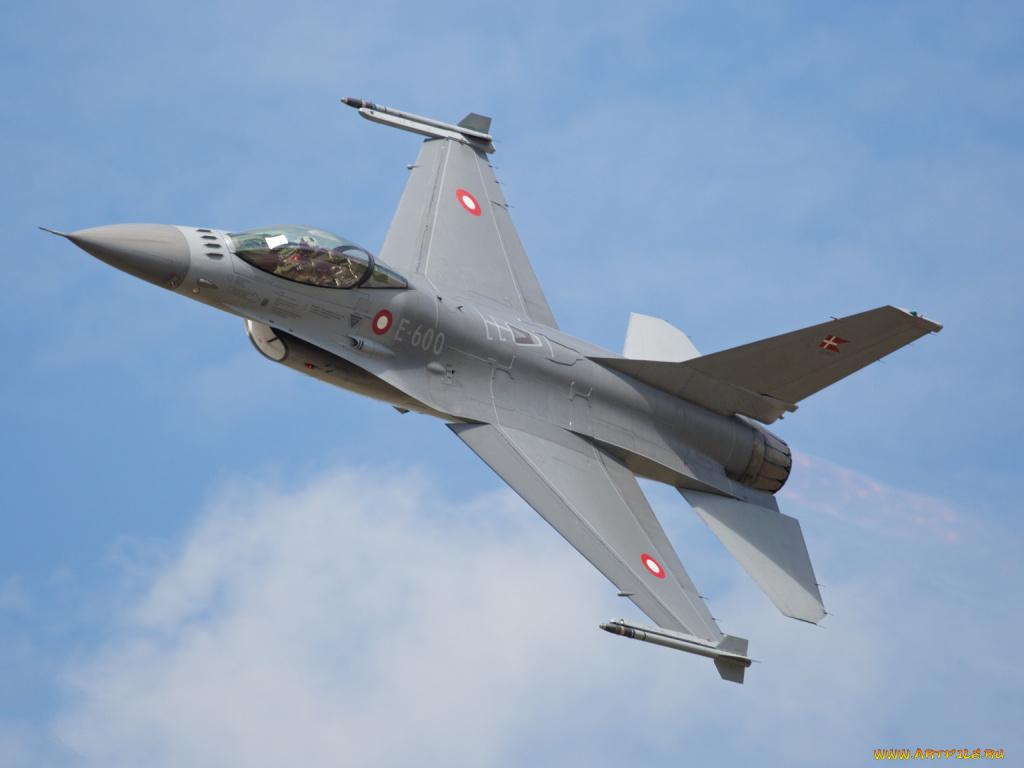 авиация самолет желтый F-16 Fighting Falcon  № 3755573 бесплатно