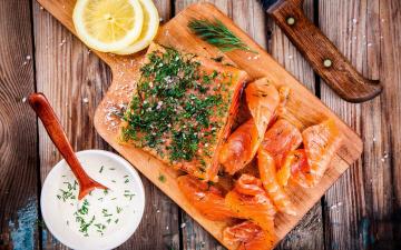 обоя еда, рыба,  морепродукты,  суши,  роллы, морепродукты, соус, специи, лимон, зелень