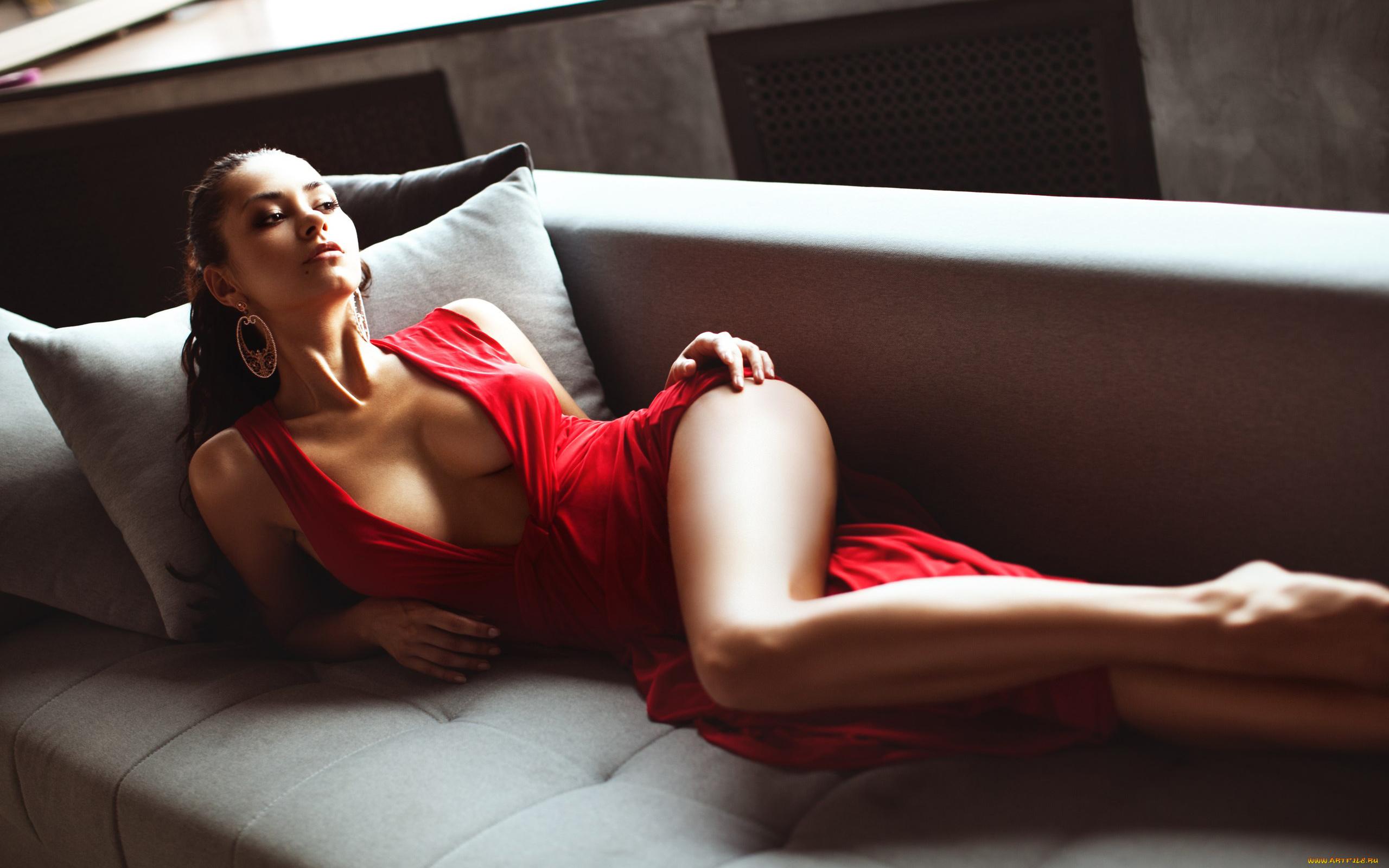 фотосессия девушка в платье эротика нее
