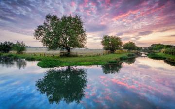 Картинка природа реки озера река мост деревья поле утро рассвет лето облака