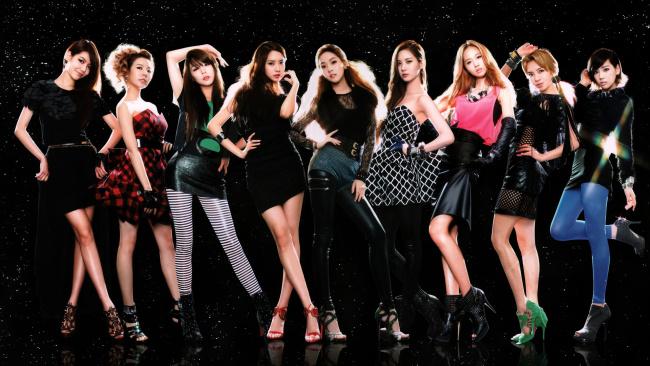 Обои картинки фото музыка, girls generation , snsd, корея, молодежный, k-pop, электро-поп, взгляд, поп, данс-поп, бабблгам-поп, девушки, фон