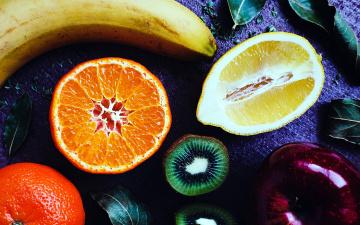 обоя еда, фрукты,  ягоды, банан, апельсин, киви, яблоко, лимон