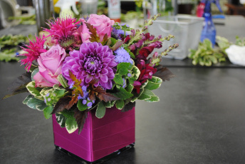 Картинка цветы букеты +композиции букет хризантема розы