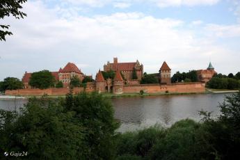 обоя malbork castle, города, замки польши, malbork, castle