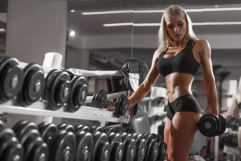 обоя спорт, фитнес, fitness, model, workout, girl, sports, dumbbells, gym, blonde, exercising