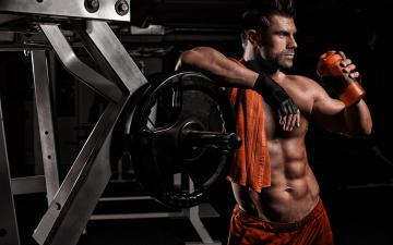 Картинка мужчины -+unsort тело мужчина refreshment мускулы загар bodybuilder abs men sexy pose
