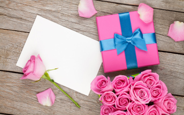 обоя праздничные, день святого валентина,  сердечки,  любовь, бант, бутоны, gift, розовые, розы, подарок, букет, bouquet, день, святого, валентина, roses, любовь, лепестки, коробка, valentine's, day, романтика