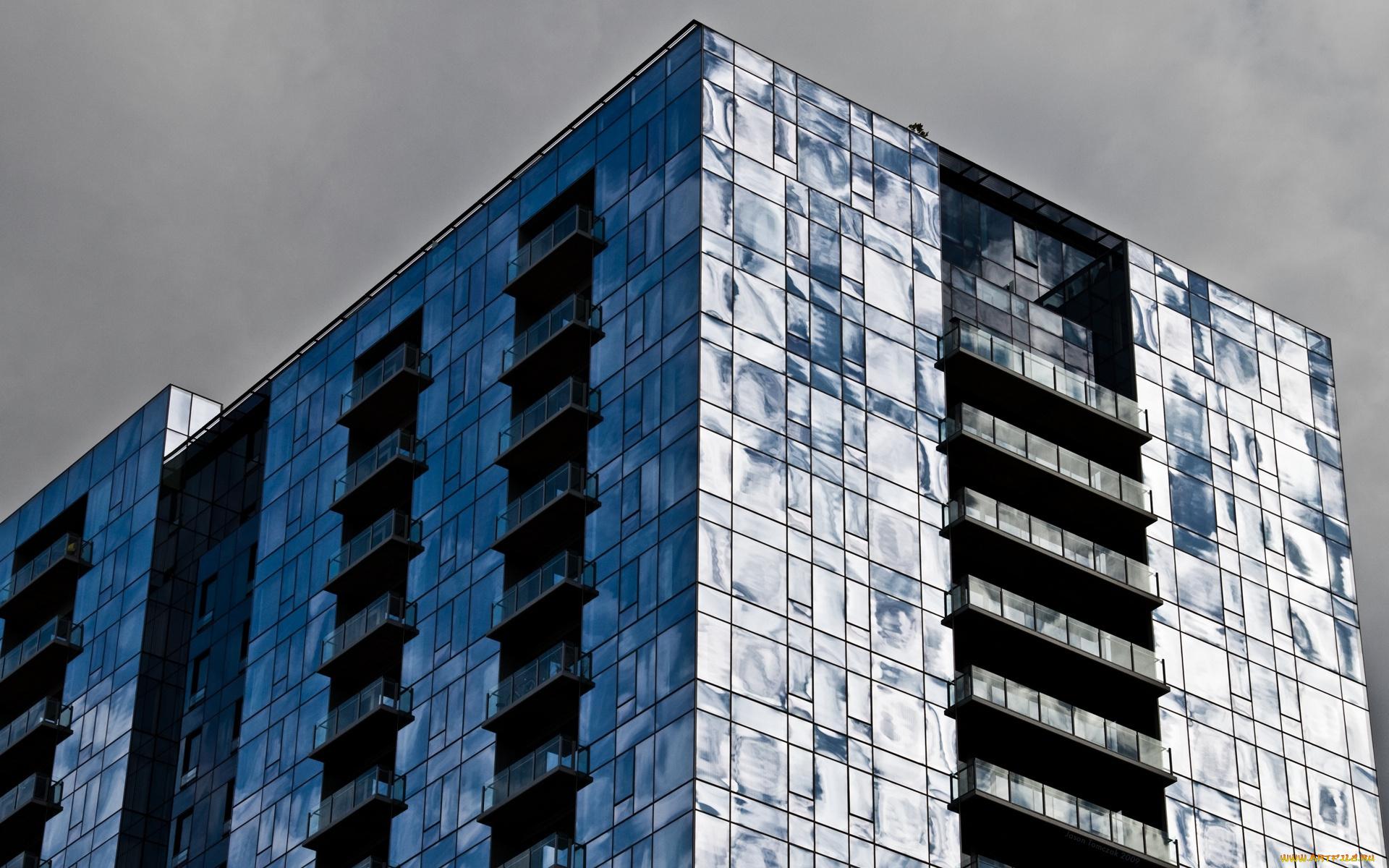 овальное стеклянное здание  № 2214510 загрузить