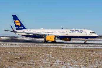 обоя boeing 757-223, авиация, пассажирские самолёты, авиалайнер