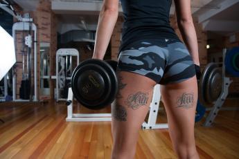 обоя спорт, - другое, фигура, тату, ножки, фитнес, гантели, стиль, спортзал, девушка