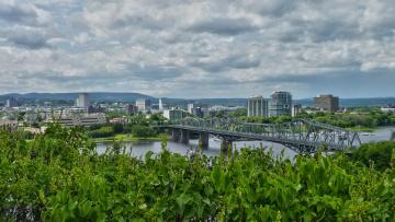 обоя nubes sobre el rio, города, - панорамы, река, мост