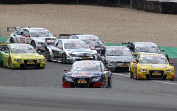 Картинка спорт автоспорт трек гонки