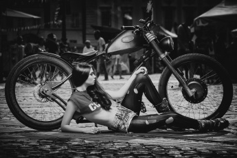 обоя мотоциклы, мото с девушкой, байк, классика, девушка