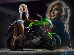 обоя мотоциклы, мото с девушкой, футболка, туфли, блондинка, топ, поза, шорты, девушка, mezentsev, мотоцикл