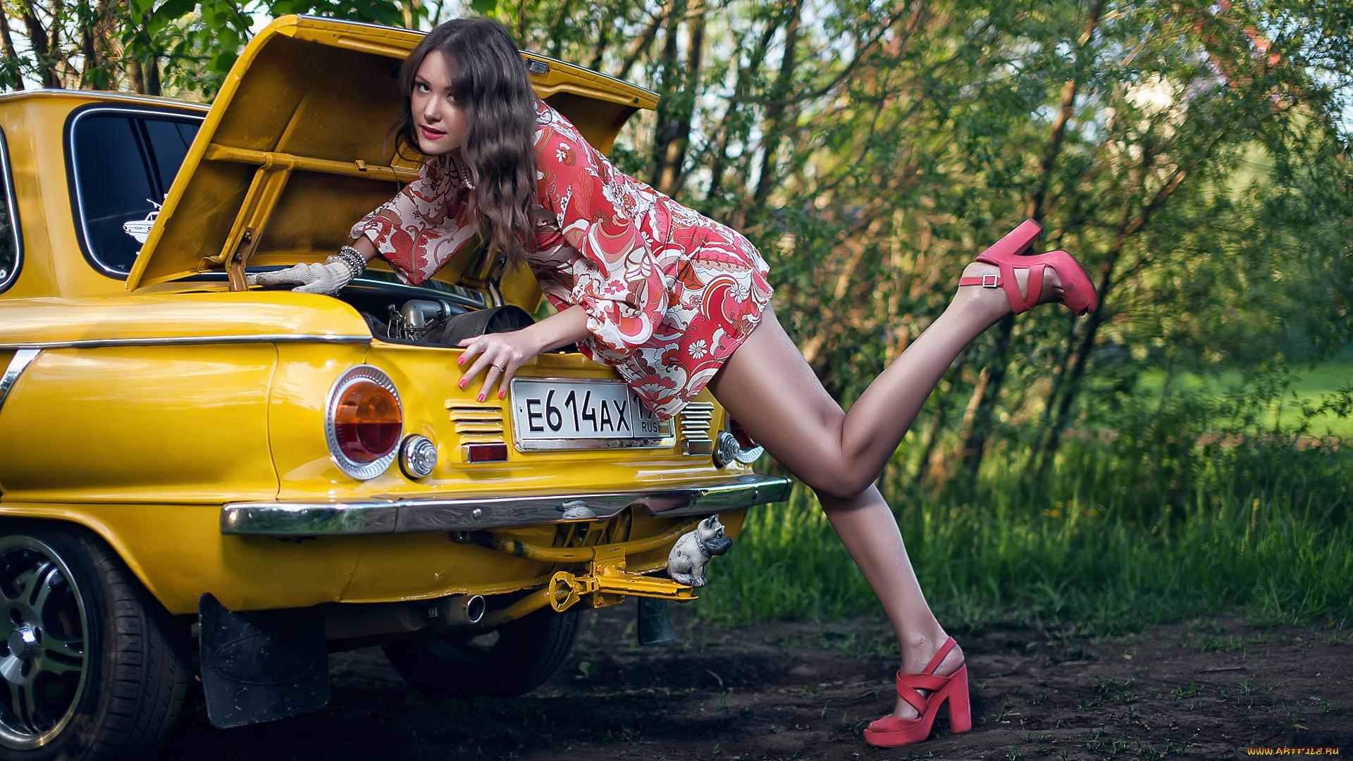 Прикольные картинки с автомобилями и девушками