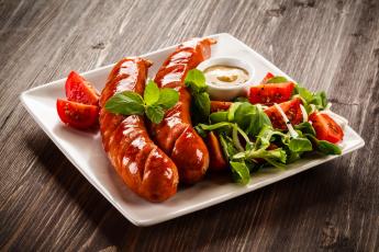 обоя еда, шашлык,  барбекю, мята, салат, сосиска, кетчуп, томат, гриль