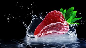 обоя еда, клубника,  земляника, вода