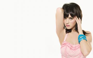 Картинка музыка katy perry синие браслеты розовое платье