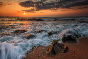 обоя природа, побережье, небо, море, камни, волны, прибой, svilen, simeonov