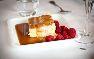 Картинка еда пирожные кексы печенье пирожное малина карамель