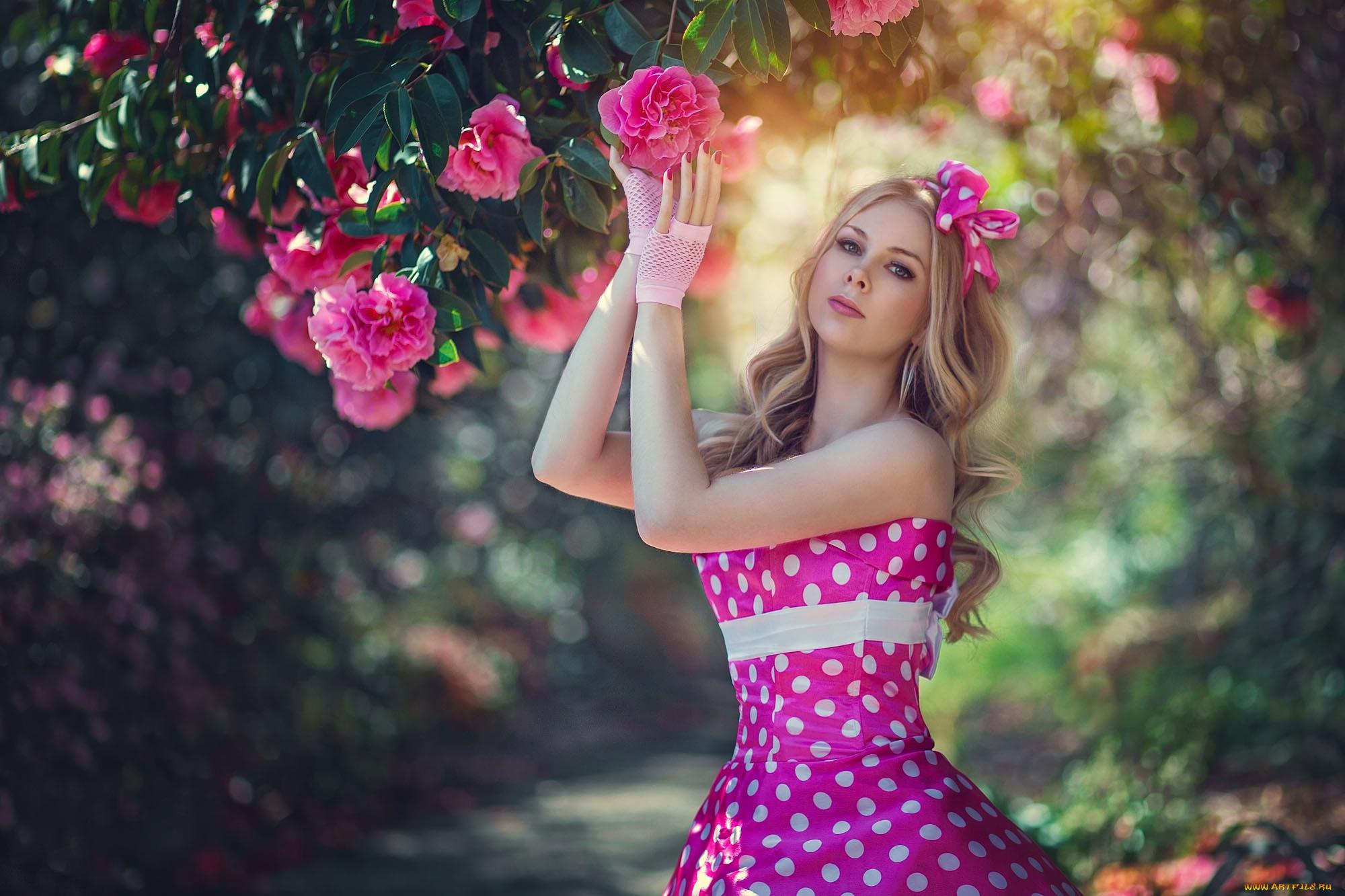 девушка блондинка весна венок цветы загрузить