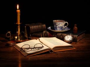 обоя разное, канцелярия,  книги, книги, свеча, часы, чай