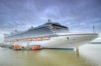обоя caribbean princess in liverpool, корабли, лайнеры, порт, лайнер, круиз