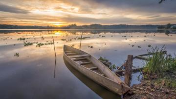 Картинка корабли лодки +шлюпки закат река лодка деревья берег