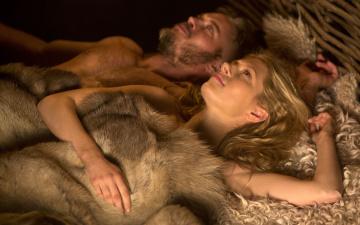 обоя кино фильмы, vikings , 2013,  сериал, katheryn, winnick, travis, fimmel, ragnar, lothbrok, lagertha