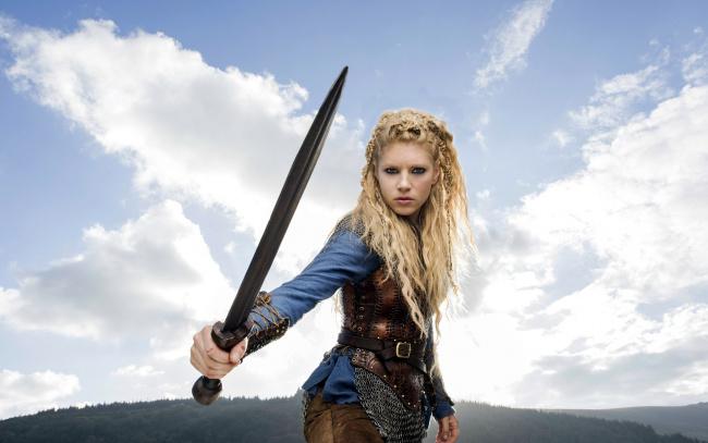 Обои картинки фото кино фильмы, vikings , 2013,  сериал, katheryn, winnick, lagertha, lothbrok