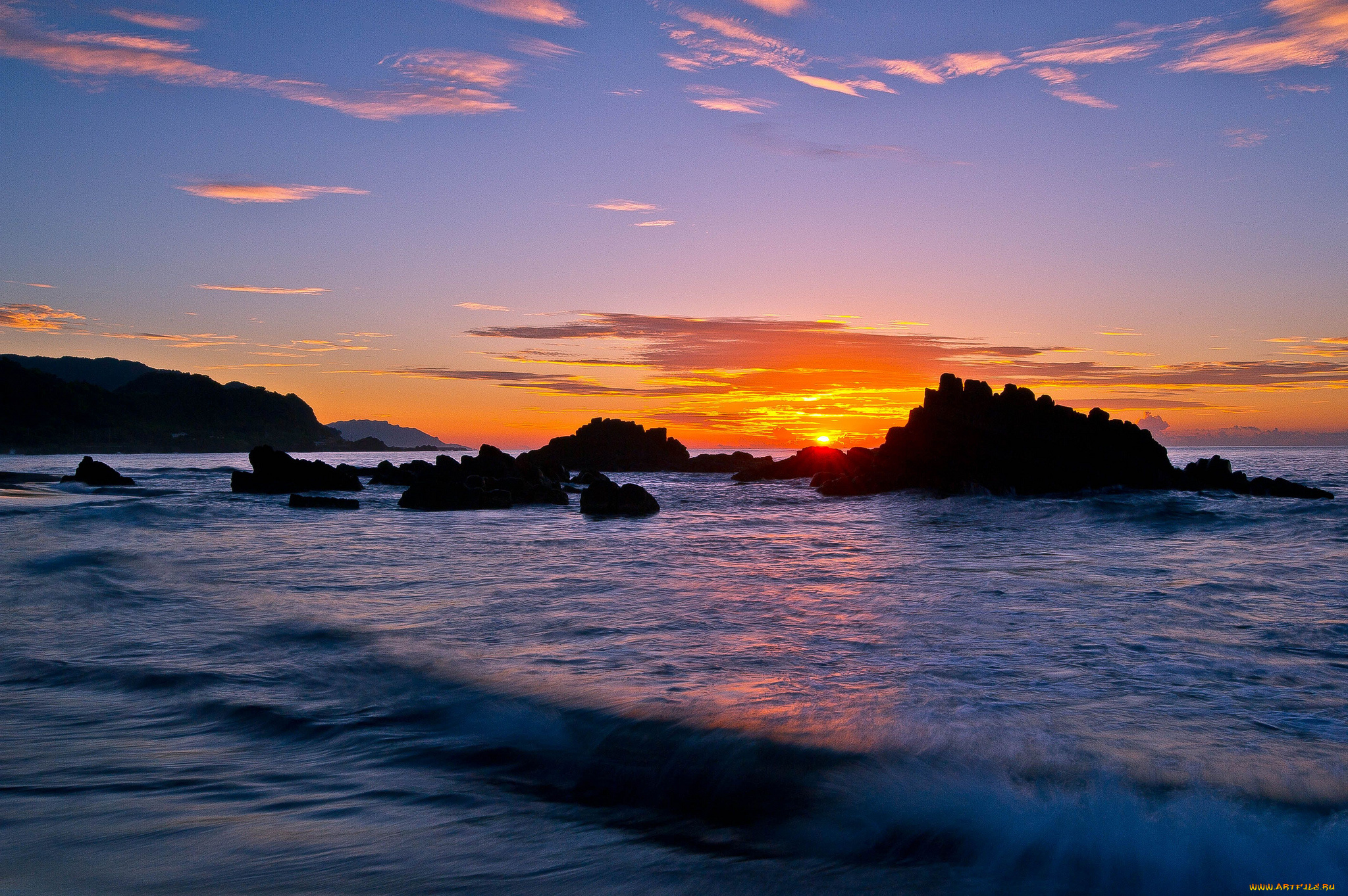 закат море горы скалы бесплатно
