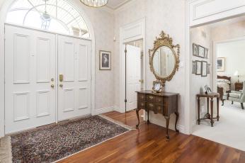 Картинка интерьер холлы лестницы корридоры холл зеркало