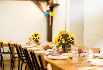 обоя интерьер, декор,  отделка,  сервировка, банкет, цветы, посуда, стол
