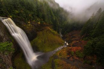 Картинка природа водопады водопад лес деревья туман