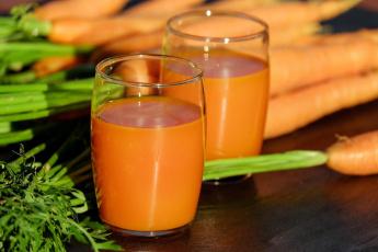 обоя еда, напитки,  сок, морковный, плоды, сок, морковь, стаканы