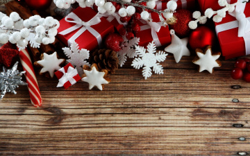 обоя праздничные, украшения, коробки, снежинки, шишки, ветки, звездочки