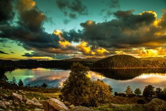 Картинка природа реки озера простор холмы леса облака река