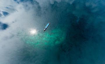 обоя корабли, баржи, судно, отражение, море