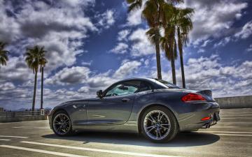 черный автомобиль BMW Z4 без смс