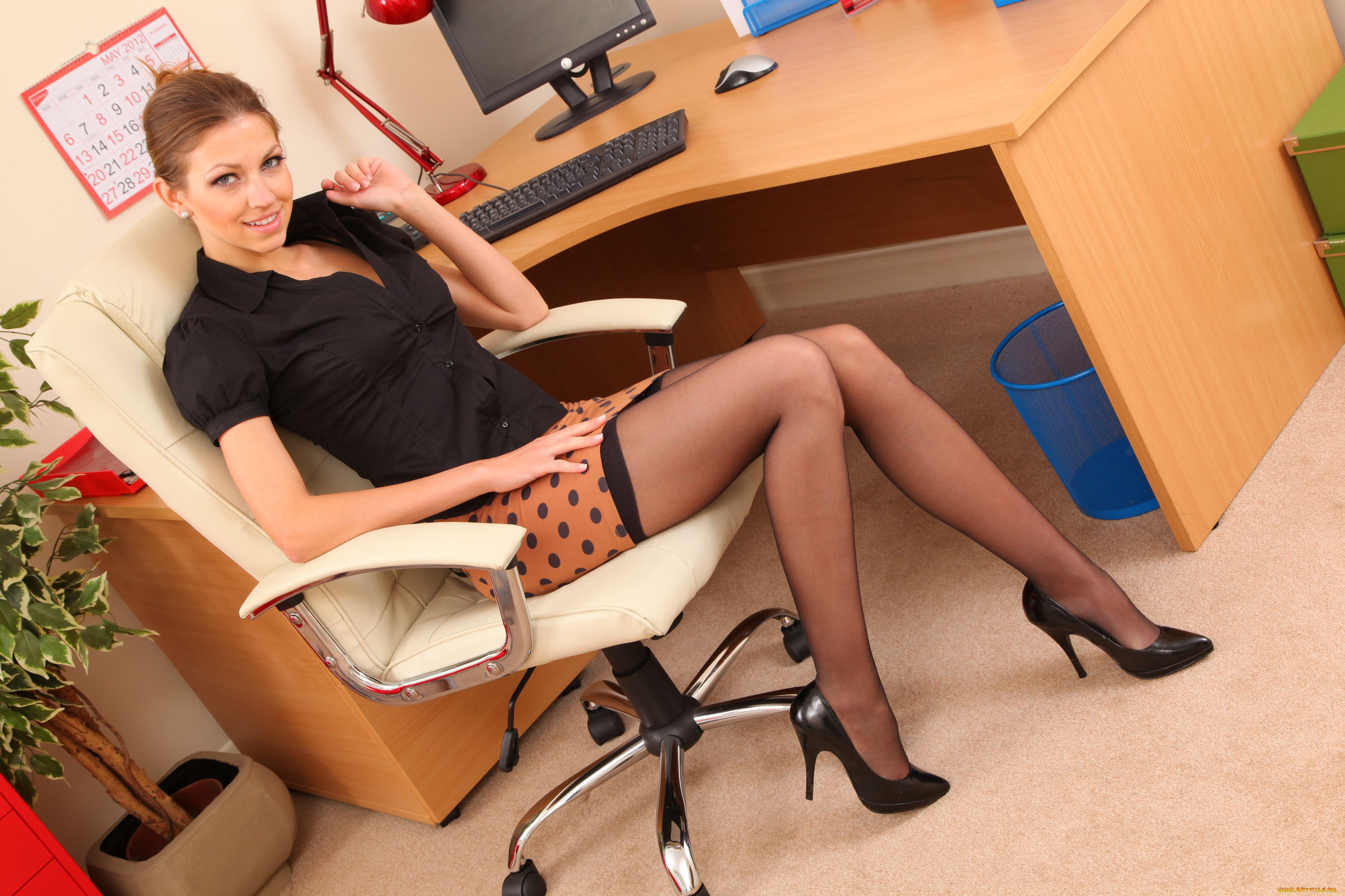 Leggy secretary Simone Style posing stripping naked for MILF pornstar debut  30239