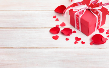 обоя праздничные, день святого валентина,  сердечки,  любовь, лепестки, доски, подарки, день, святого, валентина, valentine's, day, бантик, сердечки, сердце